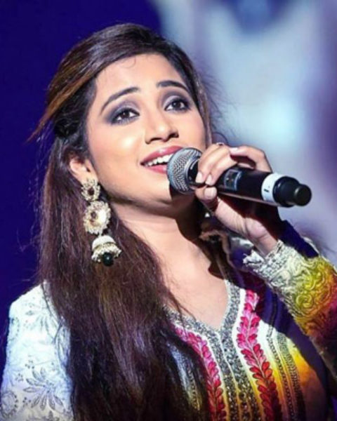 Shreya Ghoshal Hirebook For Corporate Event Live Concert